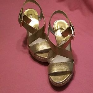 Michael kors. Ladies gold platform shoes